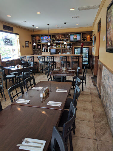 Pizza Is A Favorite Among Many People And Francou0027s Pizzeria Makes Sure It  Stays That Way. When You Are Expecting Fresh, Authentic Italian Food, ...